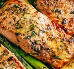 Garlic Butter Baked Salmon – Recipes-Yummy